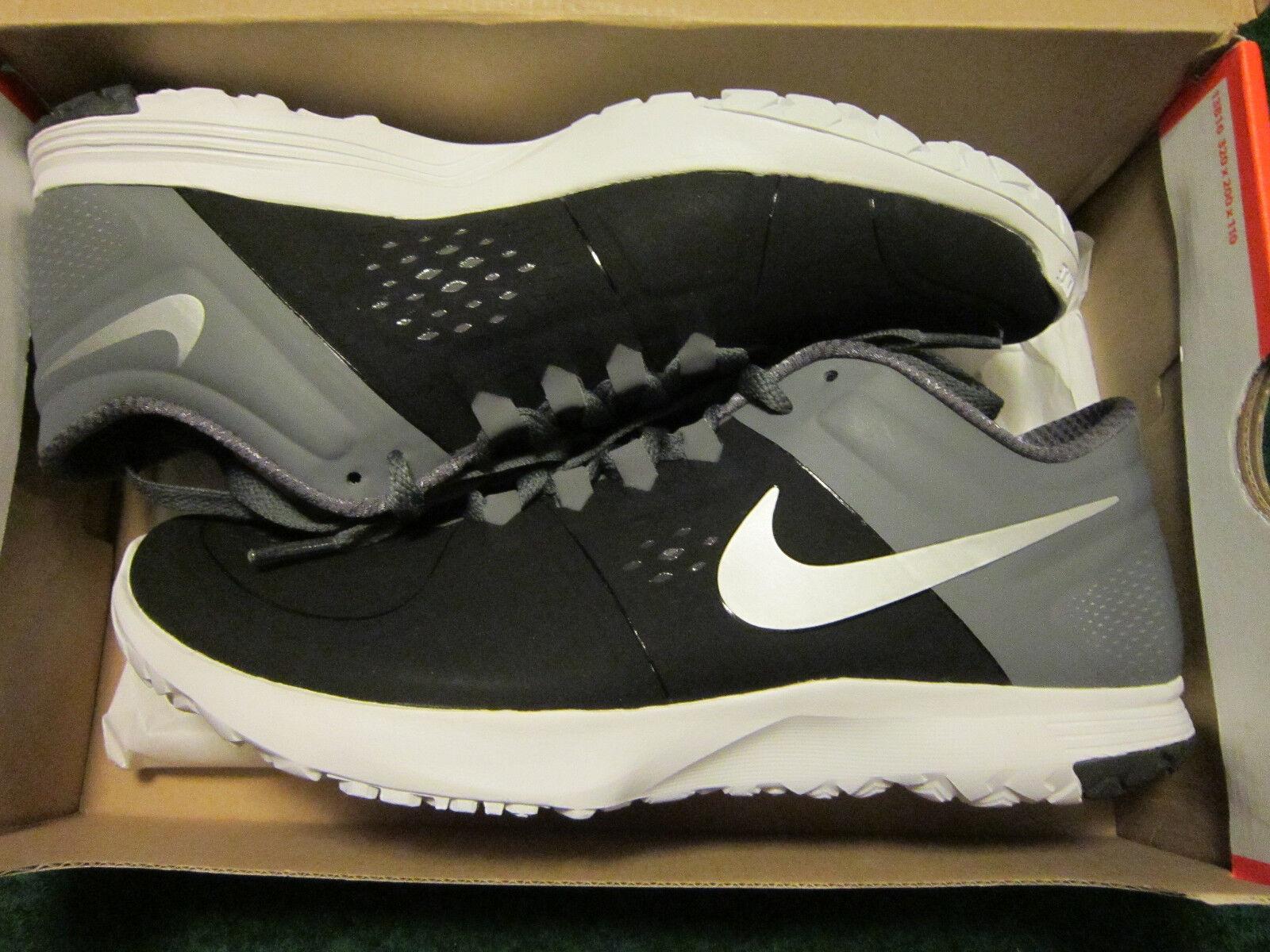 Men's Nike FS LITE TRAINER Shoes Size 8.5 Black & Gray 615972-001 New in Box