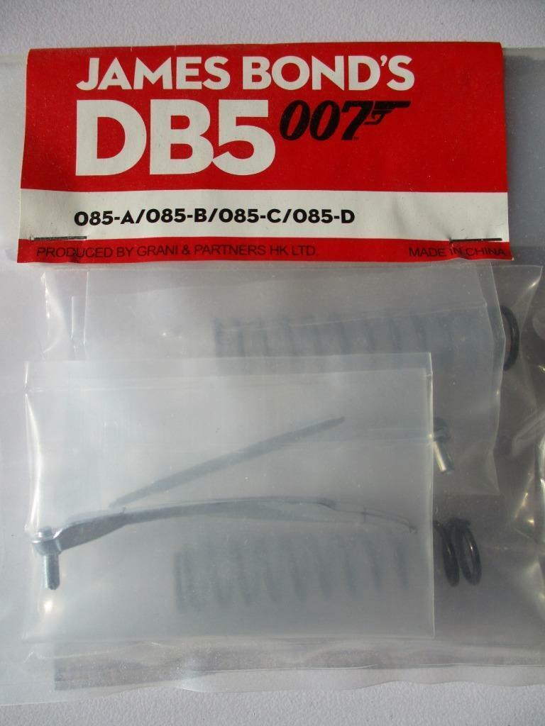 James Bond 007-Aston Martin DB5 1 8 part 85   livraison gratuite et échanges.