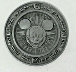 Vintage-Mickey-Mouse-Walt-Disney-World-Pewter-Metal-Coaster-Disneyland