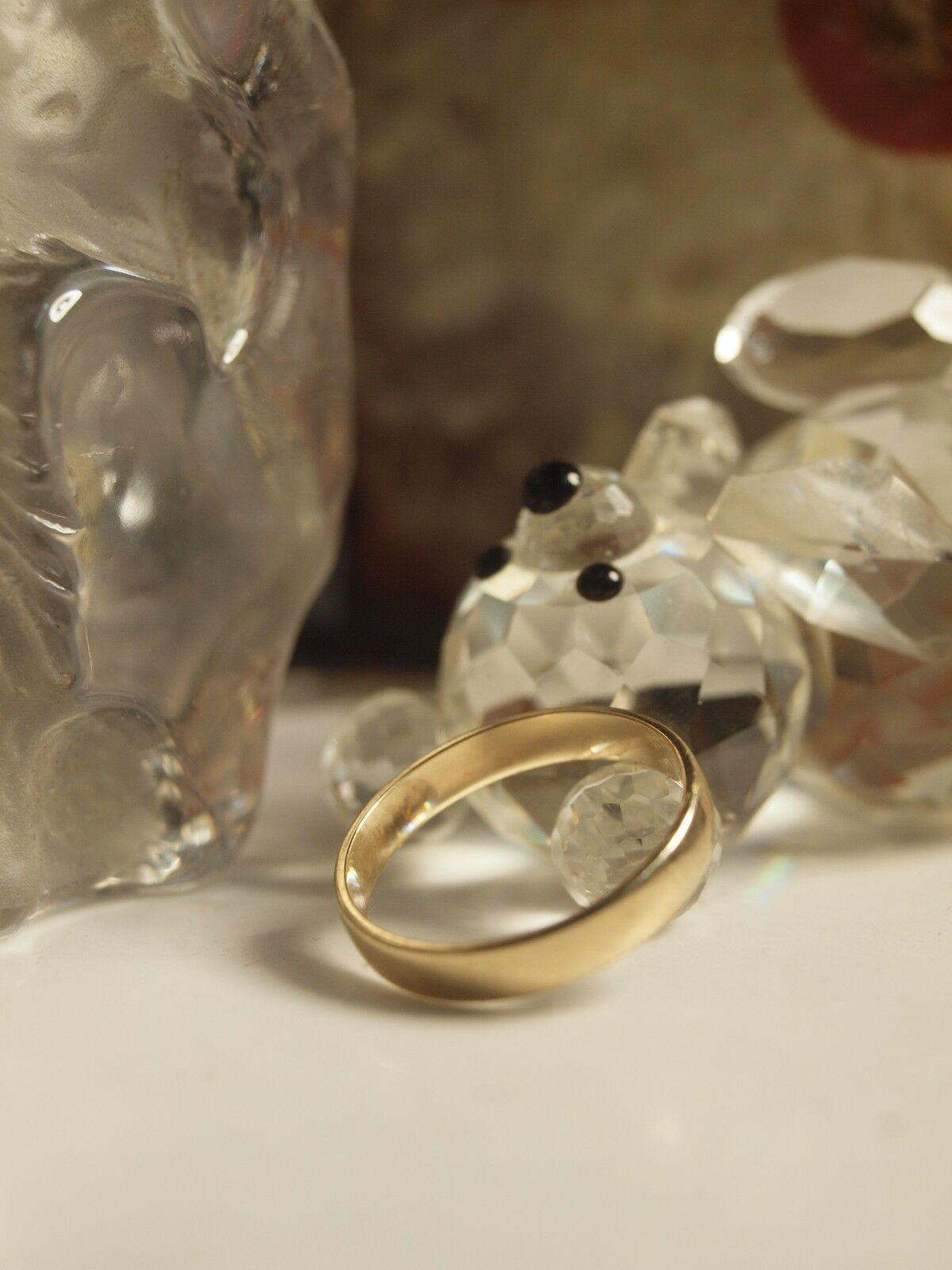 GENUINE   SOLID 375 YELLOW gold UNISEX WEDDER RING