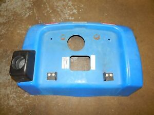 New-Holland-LS45-Riding-Mower-Rear-Fender-Cup-Holder-USED