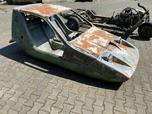 Bond-Bug-Projekt-mit-Reliant-Robin-Fahrgestell-komplett-mit-Motor-Getriebe
