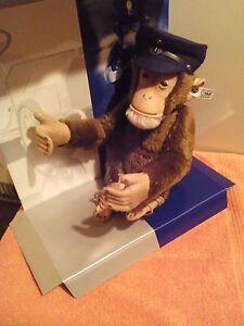 Antikspielzeug Steiff Aotoschimpanse > Mit Traditionellen Methoden