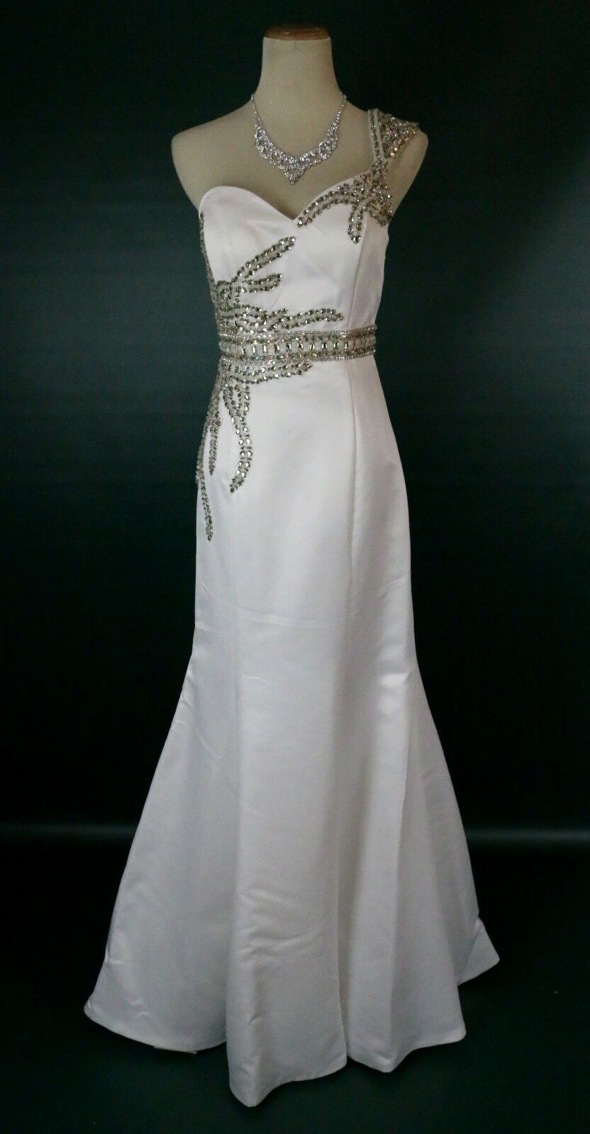 400 TERANI Couture P722 One Shoulder Prom Formal Evening Gown Ivory Size 4 Long