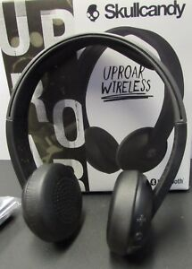 9c2e2aecf9e Image is loading Skullcandy-Uproar-Wireless-Bluetooth-Headphones -Black-S5URHW-509-