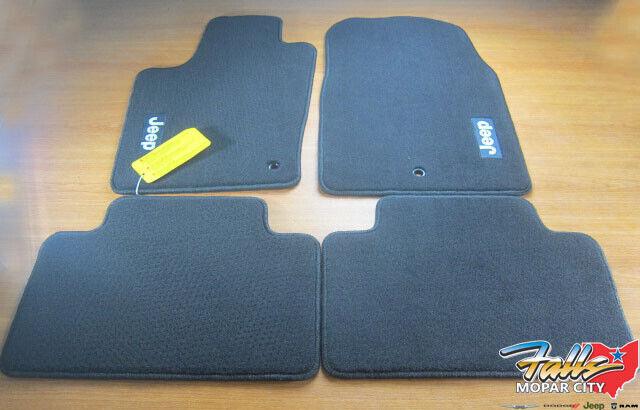 Oem 82212175ac Black Carpet Floor Mat Kit Set Of 4 For 11 12 Jeep