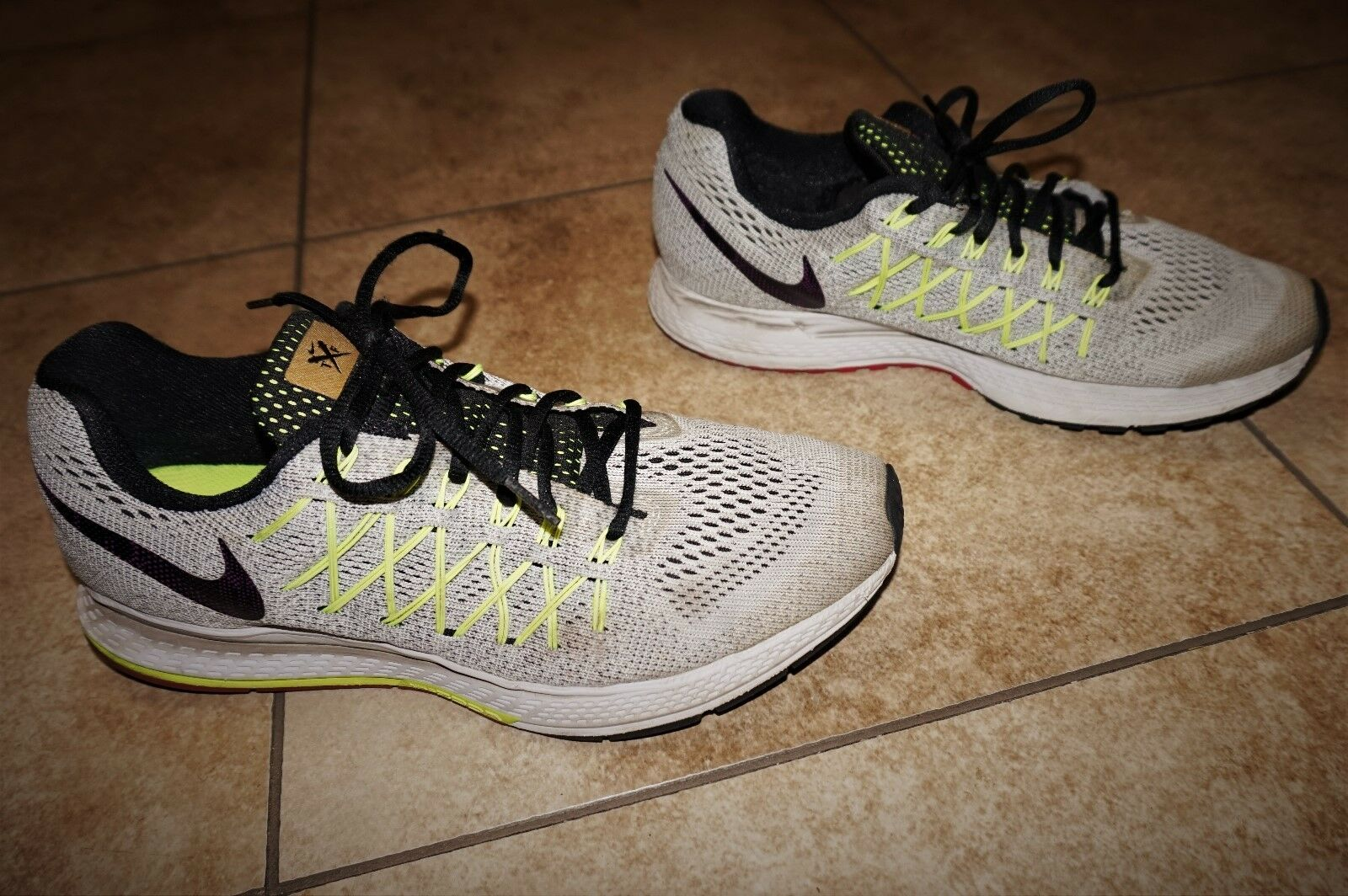 Nike Mens Zoom Pegasus 32 Running Cross Training Walking Shoes Size 10.5
