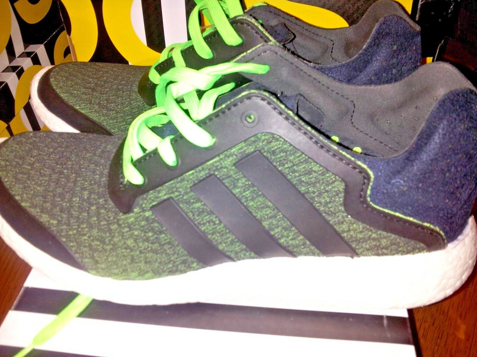 Adidas pureboost Reveal Men's Running shoes Size 10 green black please read info