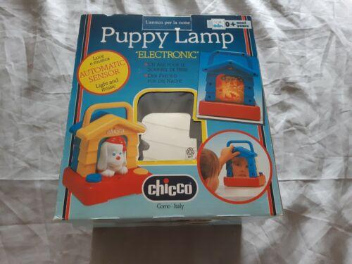 Nachtlicht /& Musik Hündchen Lampe Chicco Kleinkinder-Spielzeug Puppy Lamp