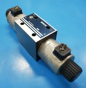 Directional control valve Bosch Rexroth 0810001484, 315 bar, 24VDC