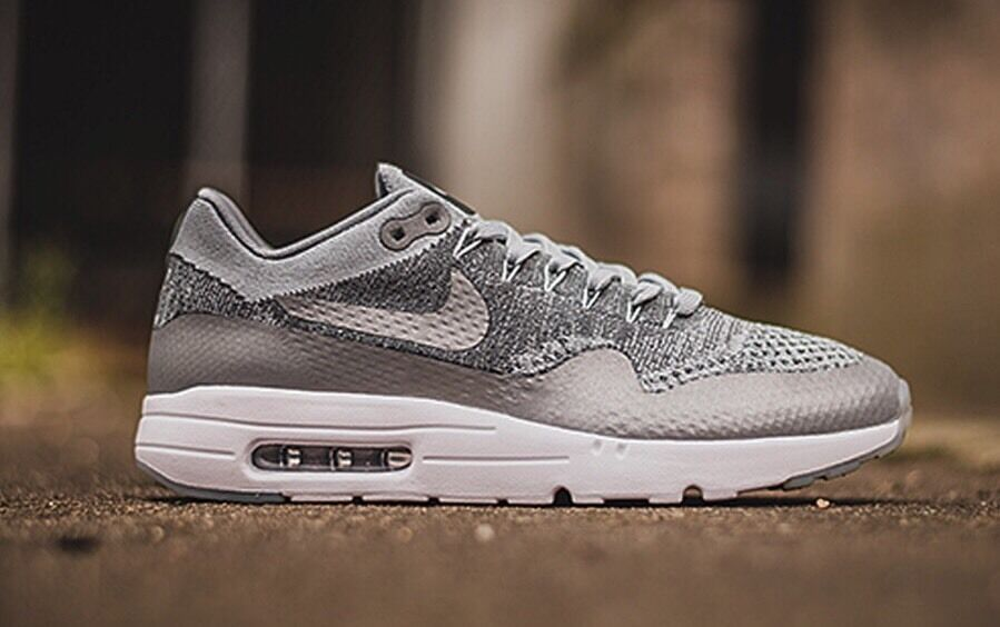 NIKE AIR MAX 1 ULTRA FLYKNIT SZ  WOMEN'S 7 (843384 001) RETAIL   160.00