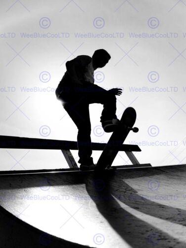 PHOTOGRAPHY SPORT SKATEBOARDING SKATER SILHOUETTE ART POSTER PRINT BMP11256