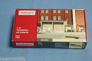 Auhagen-11-427-Substation-with-accessories-Un-build-KIT-HO