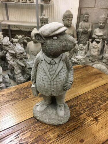 Garden stone ornaments,Rabbits hares frogs hedgehogs and squirrels Great Stone O