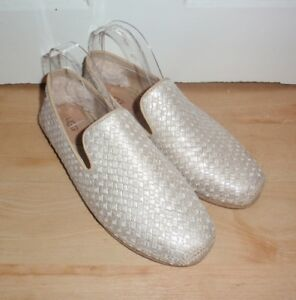 3f4b4e552b9b4 Image is loading BNIB-UGG-womens-SANDRINNE-metallic-basket-espadrille -summer-