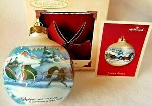 Hallmark /'2002 Dated White Poinsettia/' Glass Ball Ornament New In Box