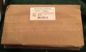 Lew Electric Floor Boxes CF-1102-DFB Brass Carpet Flange 2-Gang