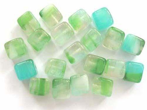 20 marine Czech glass cubes 6x7mm 6-7cub-gr