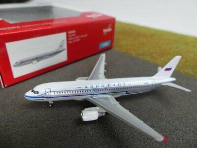 1/500 Herpa Aeroflot Retrojet Airbus A320 525930-mostra Il Titolo Originale