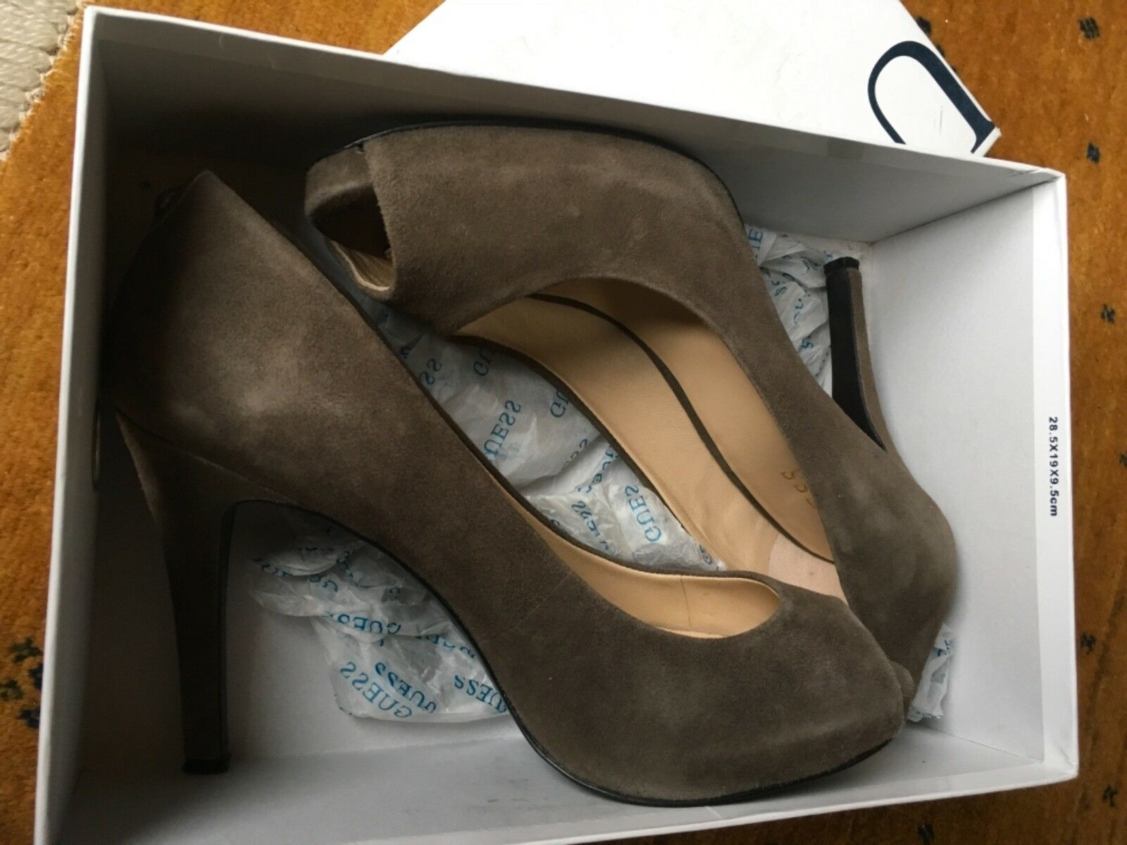 Chaussures femmes CON TACCO GUESS TG 40   CouleurE BEIGE TORTORA