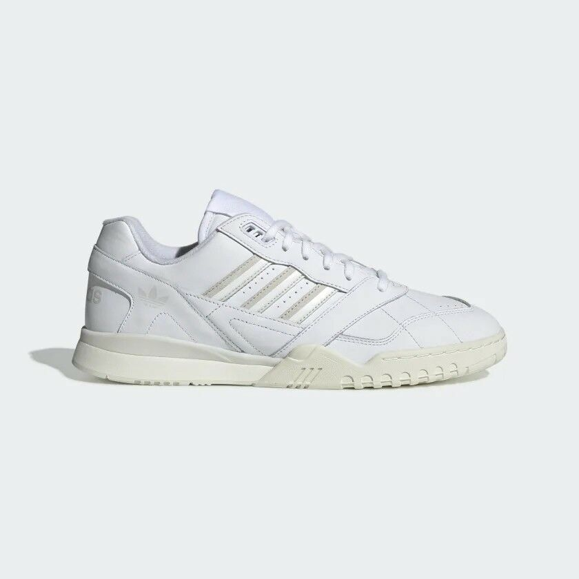 free shipping b7052 64de9 Adidas Originals Trainer White Men Lifestyle Sneakers ...
