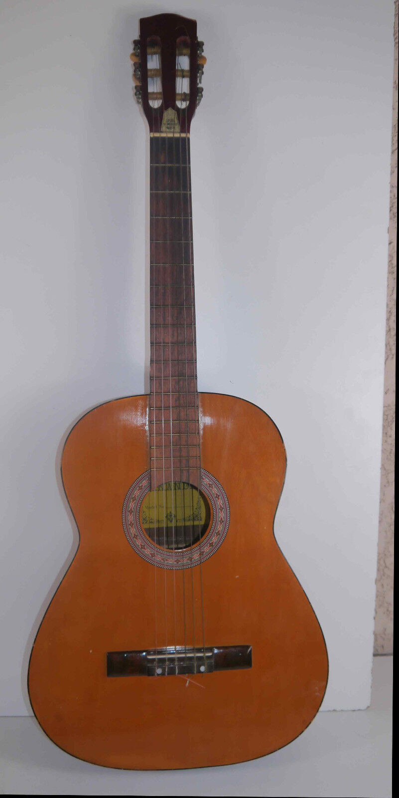 Ancienne  guitare classique  Hernandez 2N