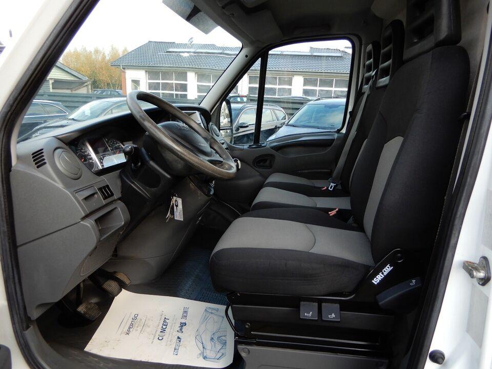 Iveco Daily 2,3 29L12 10,2m³ Van Diesel modelår 2010 Hvid km