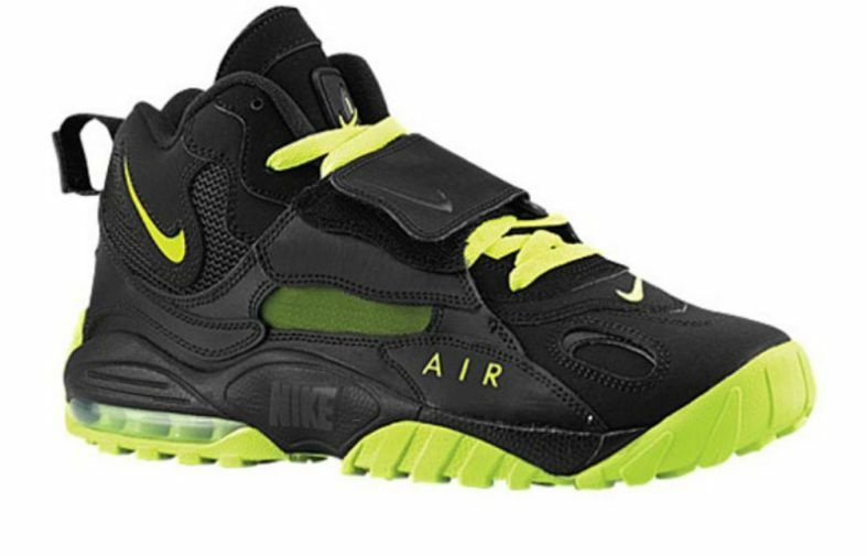 02a5c324b1 NIKE AIR MAX SPEED TURF = SIZE 10.5 = BLACK VOLT GREEN TRAINING SHOES  525225-