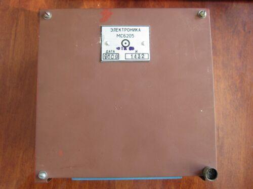 SOCKET BOXED z568m in18 TESTED NEW VINTAGE NIXIE DISPLAY MS6205 IGPP-100//100