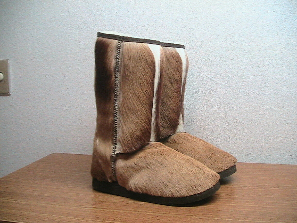 damen 7 Clever Carriage Co. Sheepskin Lined Springbok Hair-On Stiefel, MSRP  549