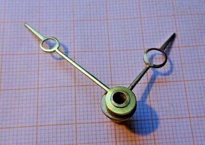 1 Paar neue Zeiger für Kaminuhren,etc,gelb,40 mm//34 mm..Form Breguet