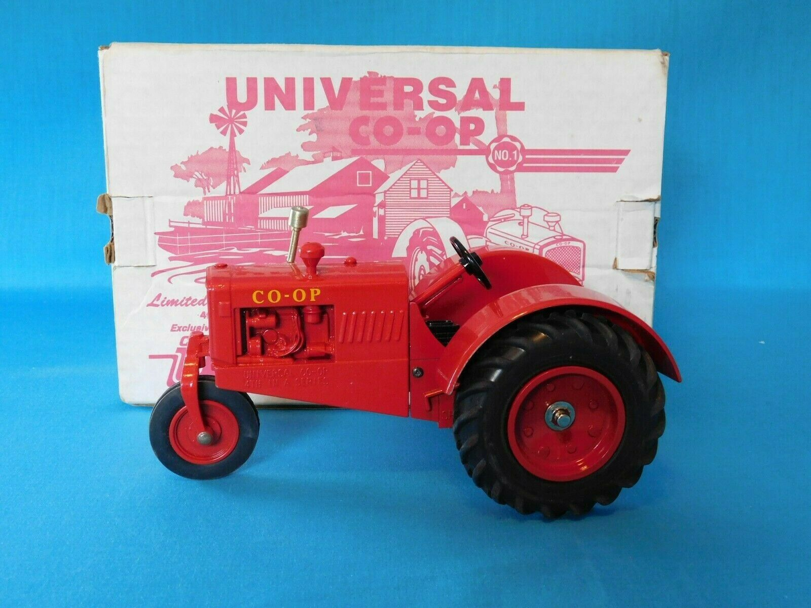SpecCast LIMITED EDITION NIB UNIVERSAL NO. 1 CO-OP TRACTOR TRACTOR TRACTOR 1 16 SCALE NEW 26dc0d