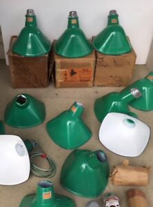 1-Sinclair-Quad-NOS-Porcelain-Sign-Light-Green-Industrial-Vtg-Angle-Gas-Station