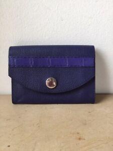 Porte-monnaie-porte-carte-cuir-bleu-avec-incrustations-croco-veritable