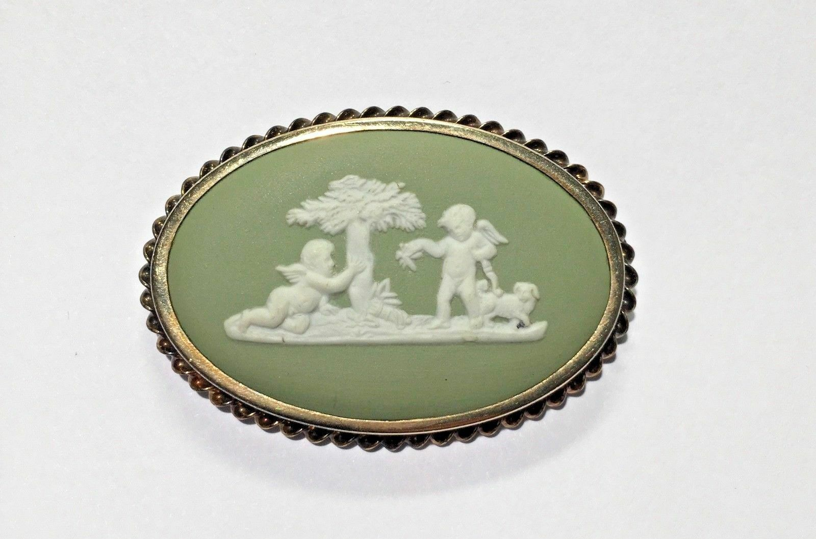 Vintage Wedgewood Green Jasperware Rainbow Yellow GF Cherubs Angel Brooch Pin