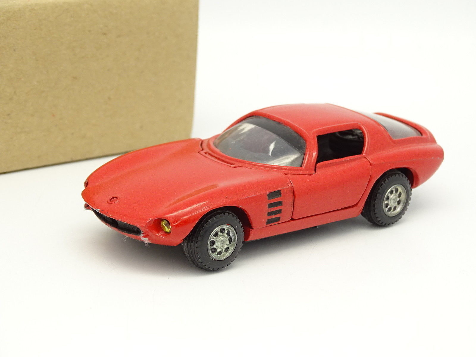 Mercury SB 1 43 - Alfa Romeo Giulia Bertone Canguro red