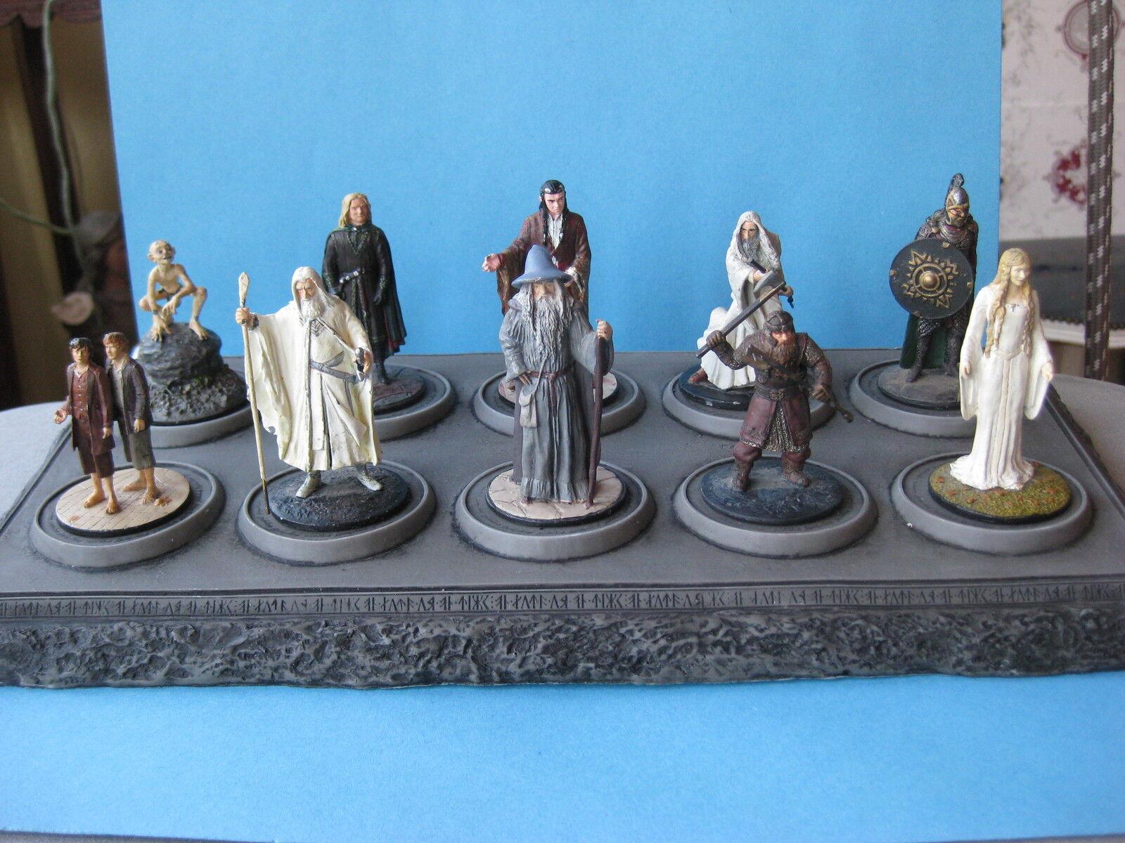10 figurines en plomd le seigneur des anneaux  54 mm vendu avec socle