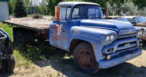 1959 GMC 9600 V8