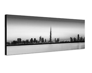150x50cm panoramabild schwarz weiss skyline dubai city burj khalifa abend meer ebay. Black Bedroom Furniture Sets. Home Design Ideas