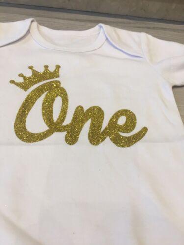 BRAND NEW BABY UNISEX BABY GROW BODYSUIT ROMPER GOLD GLITTER ONE 1st 9-12