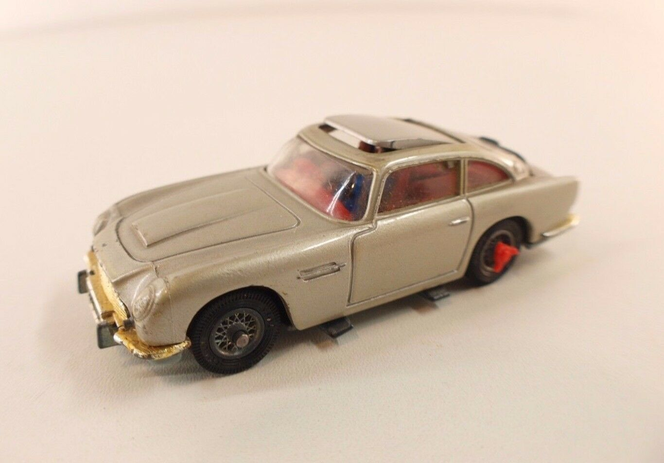 Corgi aston martin db 5 james bond goldfinger land old