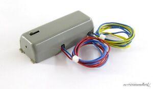 Maerklin-H0-7045-Universal-Fernschalter-Universal-Fernschalter-X00001-12803