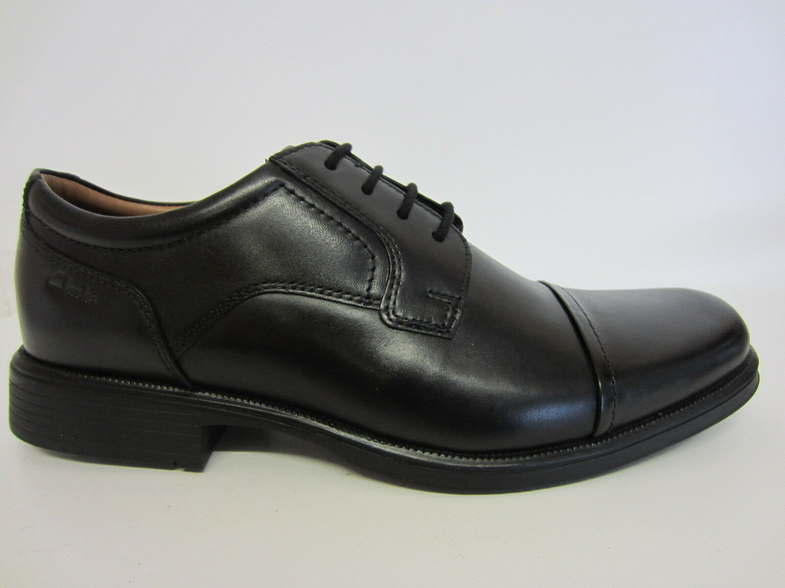 Clarks Huckley Kappe Herren Schwarze & Leder Schuhe G Passform Größen 8.5 & Schwarze 9.5 59e9a9