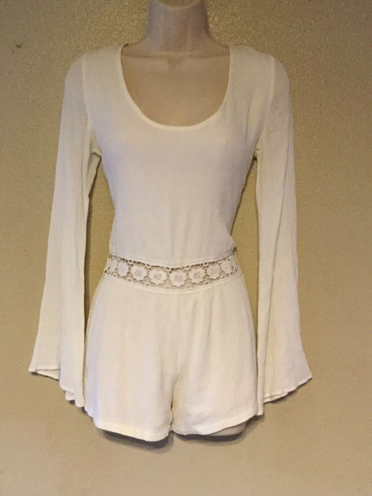 NWOT  LA Hearts romper outfit size small ivory Long sleeve crochet detail CUTE