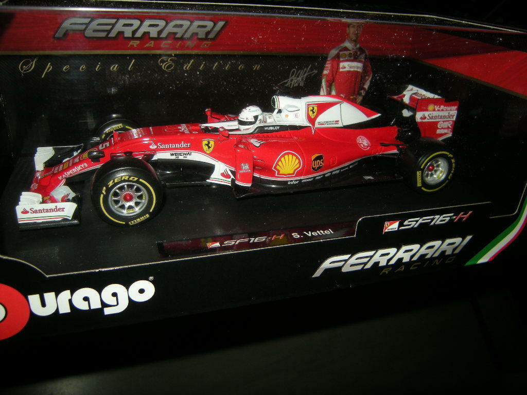 1 18 Bburago Ferrari Racing sf16-h P. ma GROSSE dans neuf dans sa boîte