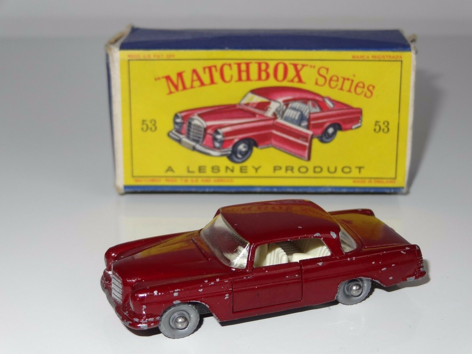 (M) LESNEY MATCHBOX MERCEDES 220SE - 53 SPW