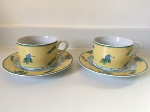 ROYAL-COLLECTION-Fine-Porcelain-Yellow-Blueberry-Pattern-Coffee-Cups-Saucers-x-2
