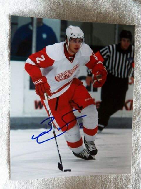 Detroit Red Wings Brendan Smith Signed 8x10 Photo Auto