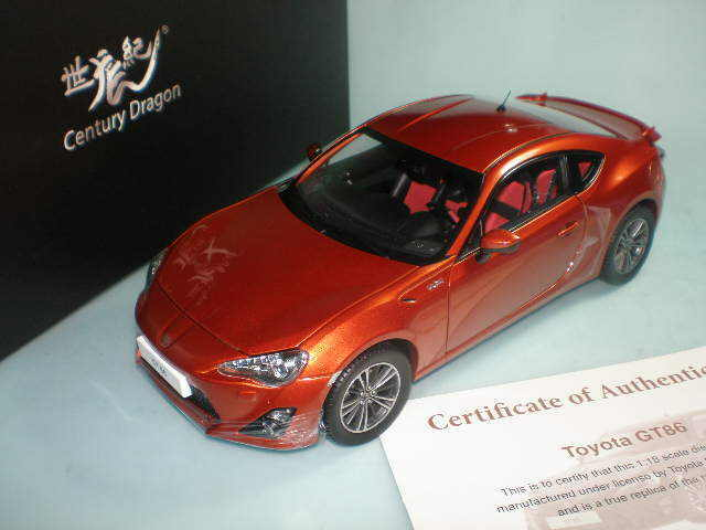 1 18 Century Dragon  CD1806A Toyota 86 GT orange Metallic