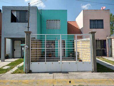 Excelente casa remodelada a 15 min de Metepec